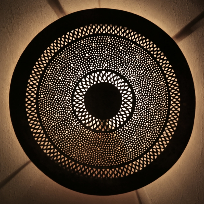 Orientalische  Marokkanische Wandlampe  -Dora Schabka S- aus Messing D47cm