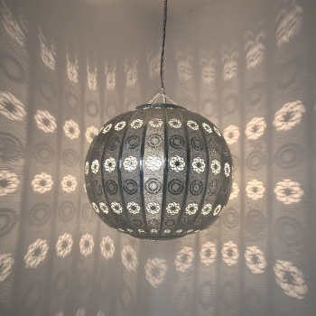 Orientalische Riesen Kugelleuchte in Silber Ø80cm