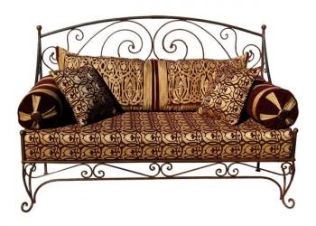 Orientalische Sofa aus Eisen