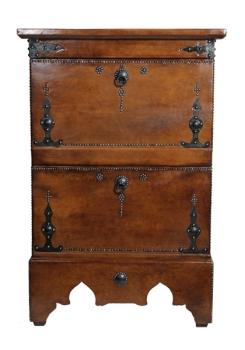 Orientalischer Schrank mit Leder Überzug  Oudaya