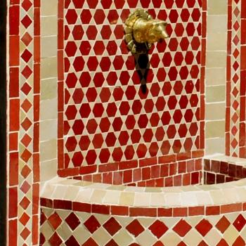 Marokkanischer Gartenbrunnen