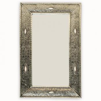 Marokkanischer Spiegel Losat H 80 x 50cm aus Versilbertem Messing.