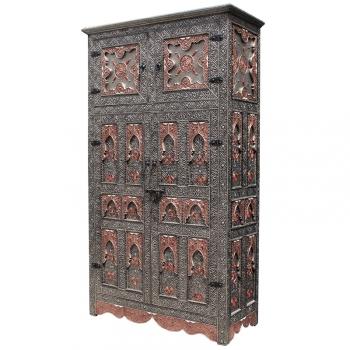Orientalischer Schrank